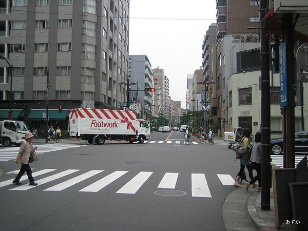 japan0607 315-1.jpg