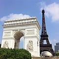 巴黎鐵塔.凱旋門.四大洲噴泉4.JPG