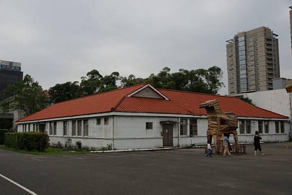 辦公室4.JPG