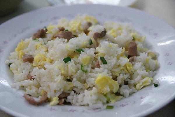 肉絲蛋炒飯1.JPG
