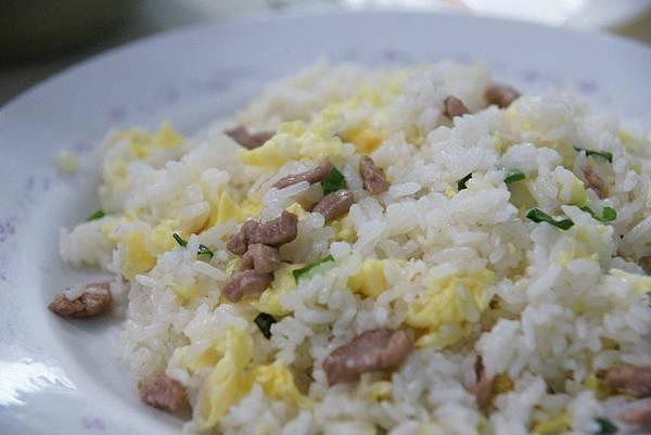 肉絲蛋炒飯2.JPG