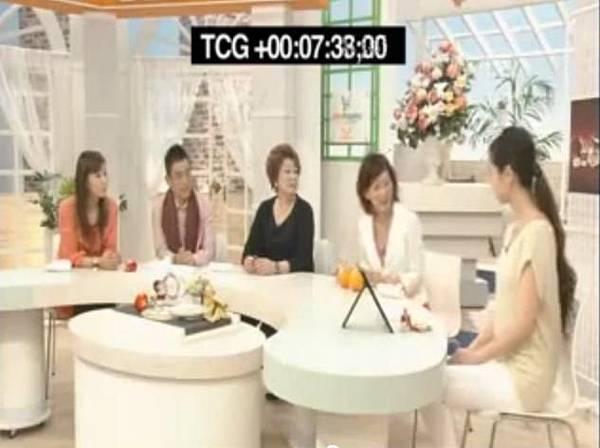 保養品推薦-韓國保養品 韓國CoverQueen 3D震動粉底組 電動粉撲  熱燒日本no.1