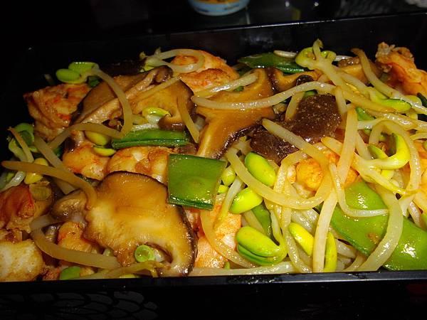 大豆芽荷蘭豆鮮冬菇炒明蝦