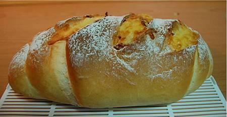 雞肉鬆火腿麵包