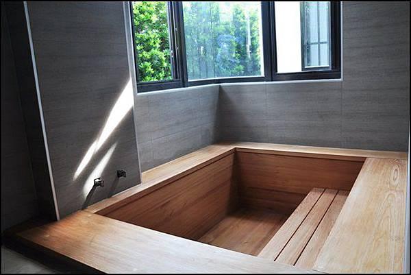 泡澡木桶安裝1