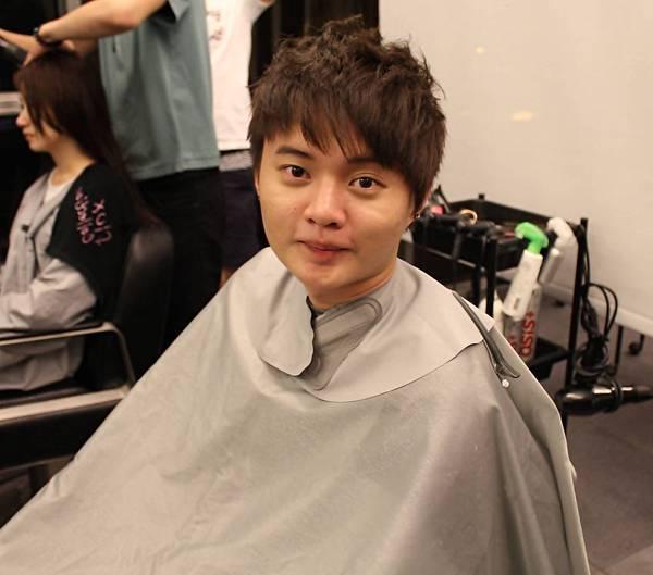 剪髮4.JPG