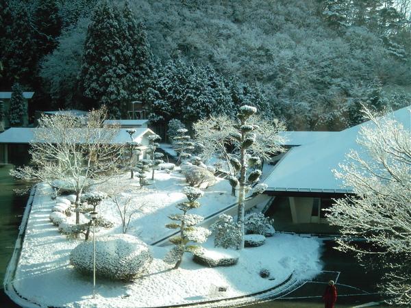 本栖寺雪景