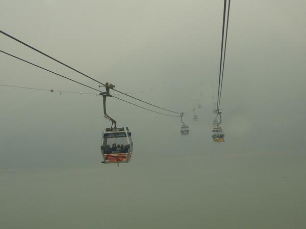 迷霧中的昂坪360_1