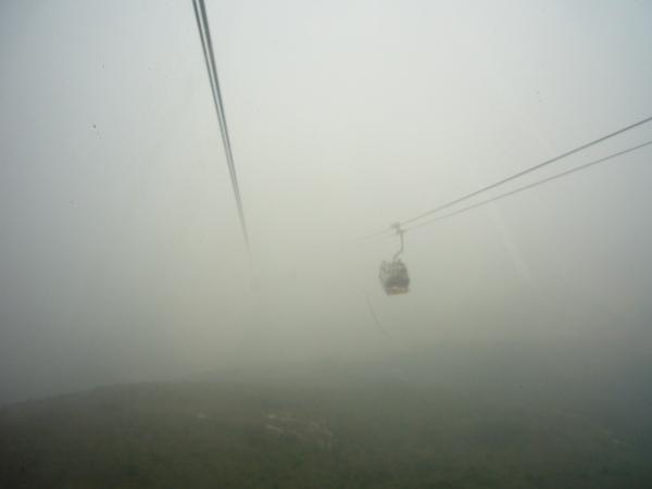 迷霧中的昂坪360_2