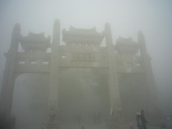 迷霧中的寶蓮禪寺1