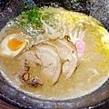 麺屋壱の穴--豚骨味噌ラーメン
