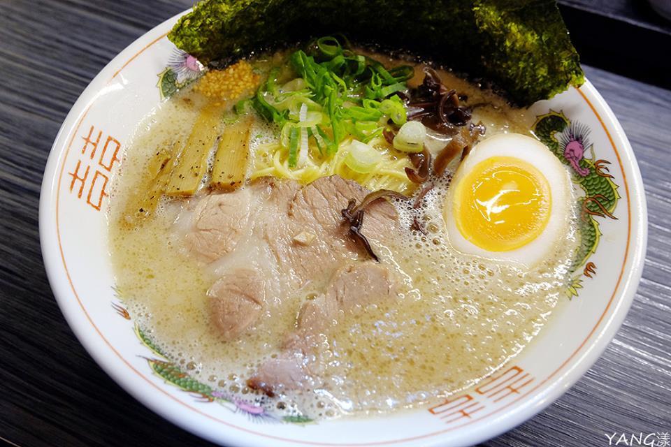 麺魂家--特製濃厚豚骨ラーメン