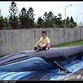崎頭海生館-看我騎鯨魚