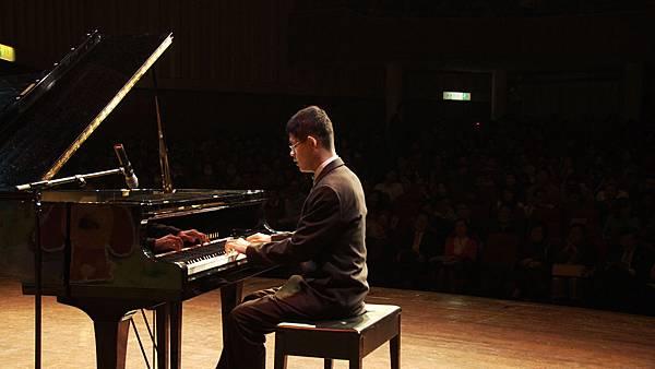 遙遠星球的孩子_天岳鋼琴演奏.jpg