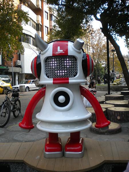 (音響機器人-2)