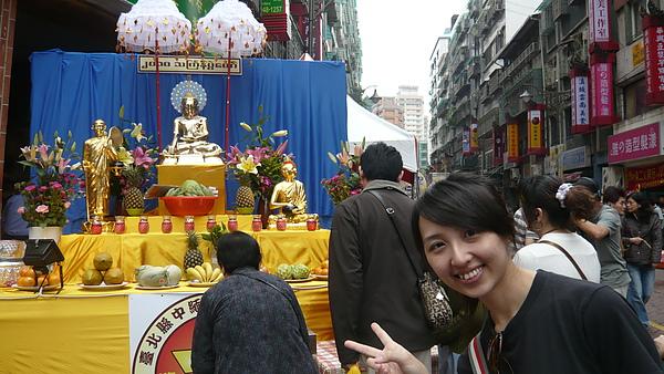 我也去幫佛祖澆水了