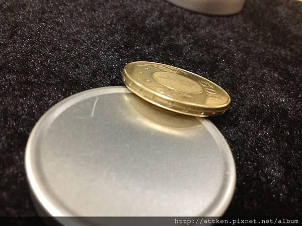 台幣50元穿超幣jpg (2)