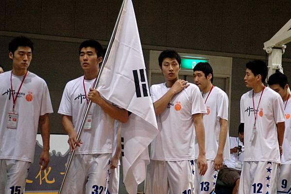 韓國隊進場