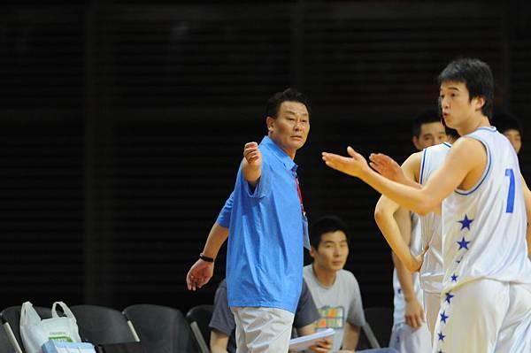 韓國教練:通通回來!別打了!