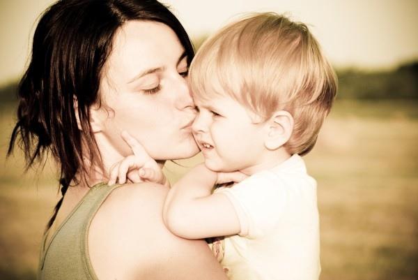 mom-and-son1-600x401.jpg