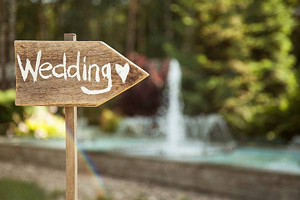 48_different_ways_you_can_add_personal_touch_to_your_wedding_421732050.jpg