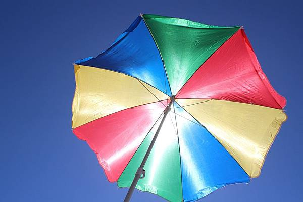 parasol-486963_1280.jpg