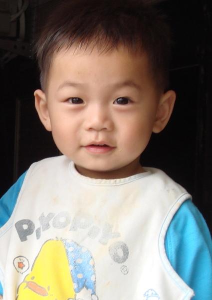 微笑男孩.jpg