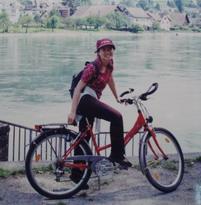 萊茵河畔騎單車.jpg
