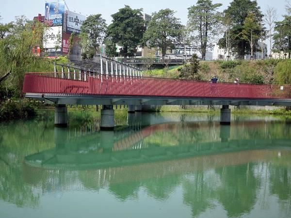 2013秋紅谷小水舞 (78)