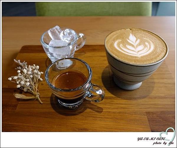 YA-SU-MI CAFE (66)