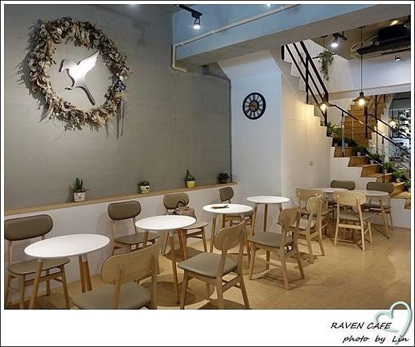 RAVEN CAFE (9)