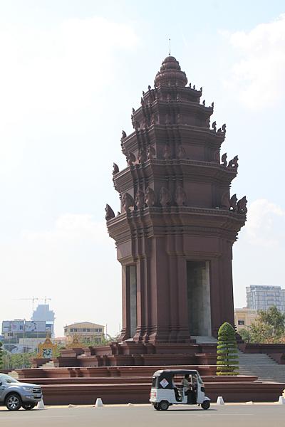 [柬埔寨] 金邊-吳哥窟五天四夜(下) 金邊中央市場大啖當地水果