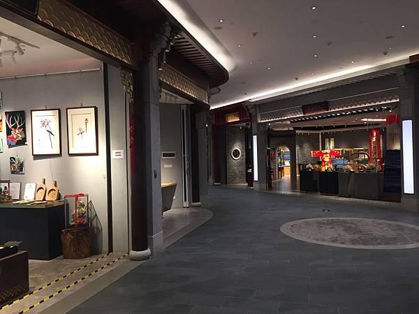 廣州機場藝廊.jpeg