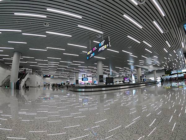 廣州機場行李.JPG
