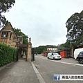 悉尼大學 門口.JPG