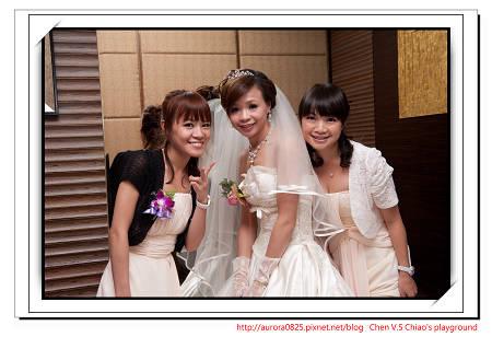 2三姊妹合照.jpg