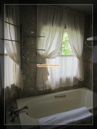 天鵝湖浴室
