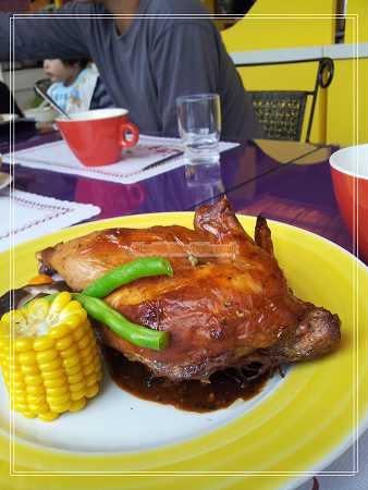 綠胡椒肉桂烤雞