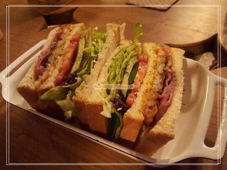 法式香草雞肉鮮蔬三明治.jpg