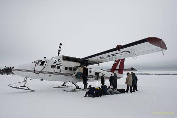 搭乘雪上飛機到 Blachford Lake Lodge