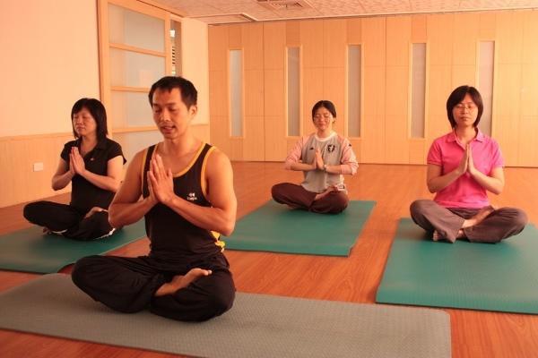 瑜珈健身(4) (600x400).jpg