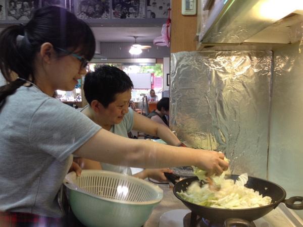 午餐準備-炒高麗菜-600.jpg