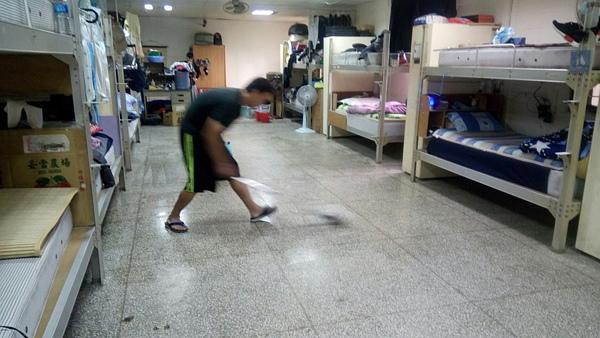 2017121寢室清掃-600.jpg