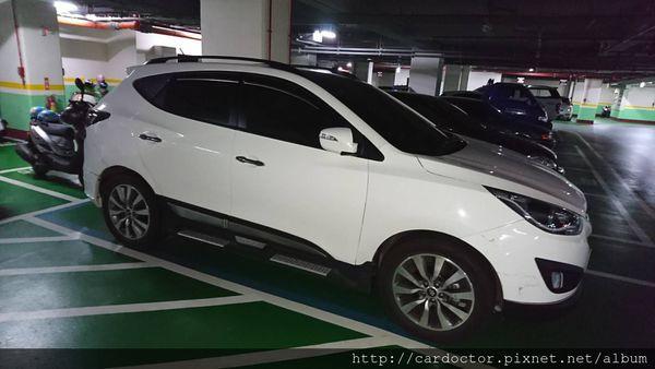 現代HYUNDAI汽車IX35頂規版本新北市古車估價實例,現代HYUNDAI汽車中古車行情及車輛介紹。