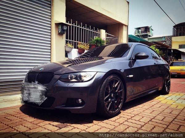 BMW寶馬E92-335i二手車賣車估價實例,BMW寶馬汽車中古車相關行情及汽車介紹。