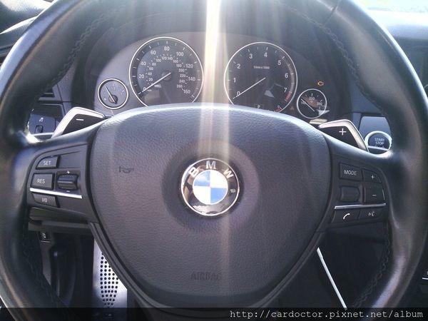 美規外匯車BMW 寶馬535i 接單分享,BMW 寶馬535i開箱分享,BMW 寶馬535i 評價分享。買賣外匯車推薦建議LA桃園車庫,買賣中古車估價推薦建議請找LA桃園車庫。