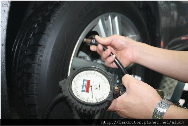外匯車TPMS 胎壓檢測的重要性,買賣外匯車推薦建議LA桃園車庫,買賣中古車估價推薦建議請找LA桃園車庫。