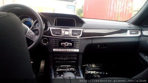 美規外匯車 賓士M-Benz E400接單分享,美規外匯車 賓士M-Benz E400開箱分享,美規外匯車 賓士M-Benz E400評價分享。買賣外匯車推薦建議LA桃園車庫,買賣中古車估價推薦建議請找LA桃園車庫。