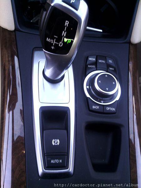 美規外匯車 寶馬BMW X6 xDrive35i接單分享,美規外匯車 寶馬BMW X6 xDrive35i開箱分享,美規外匯車 寶馬BMW X6 xDrive35i評價分享。買賣外匯車推薦建議LA桃園車庫,買賣中古車估價推薦建議請找LA桃園車庫。