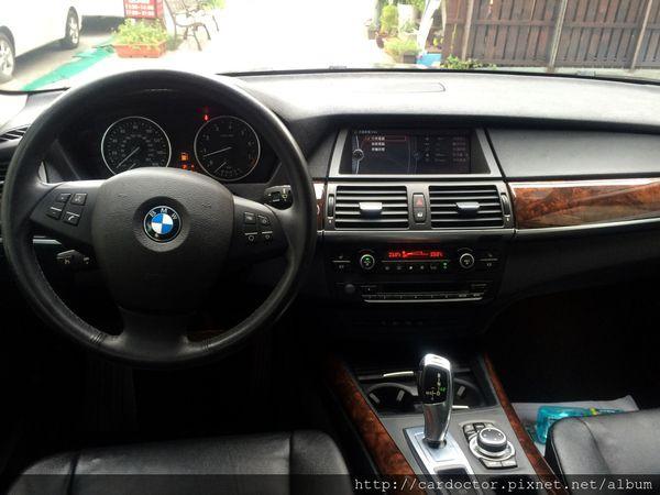 美規外匯車 寶馬BMW X5 xDrive35i接單分享,美規外匯車 寶馬BMW X5 xDrive35i開箱分享,美規外匯車 寶馬BMW X5 xDrive35i評價分享。買賣外匯車推薦建議LA桃園車庫,買賣中古車估價推薦建議請找LA桃園車庫。
